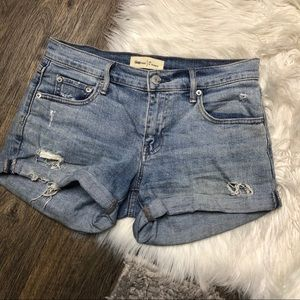 Gap light wash distressed 3 in cuffed denim shorts